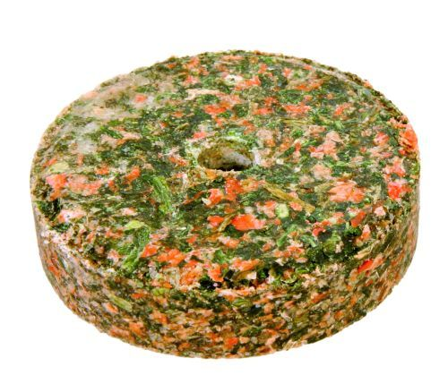 2 Salz-Mineralsteine mit Kräutern und Halter, je 60 g